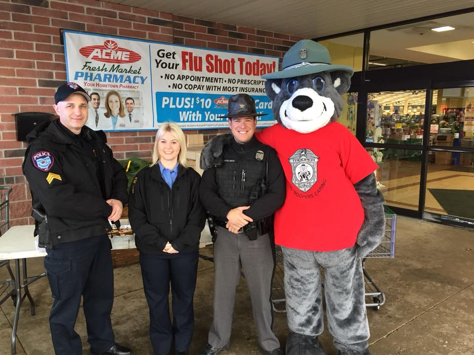 Sgt. Kemp with the Stark County Hunger Task Force